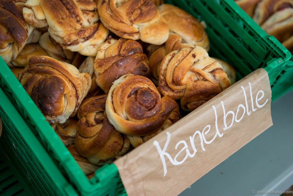 Cinnamon bun from Handwerk