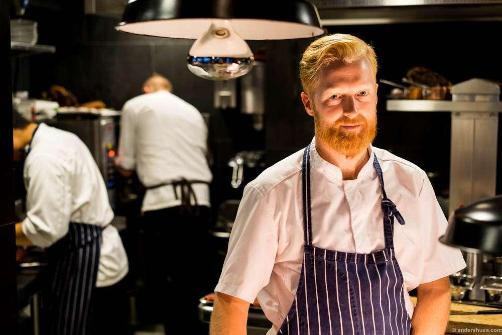 Ronny Kolvik is the head chef of Arakataka