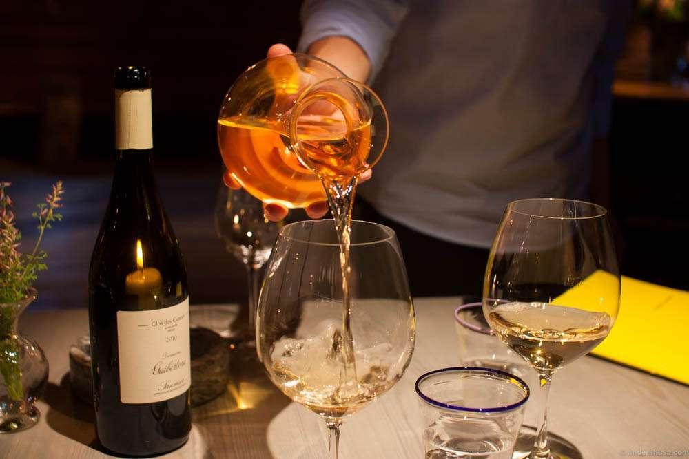 Pouring the 2010 Domaine Guiberteau, Saumur Blanc, Clos des Carmes