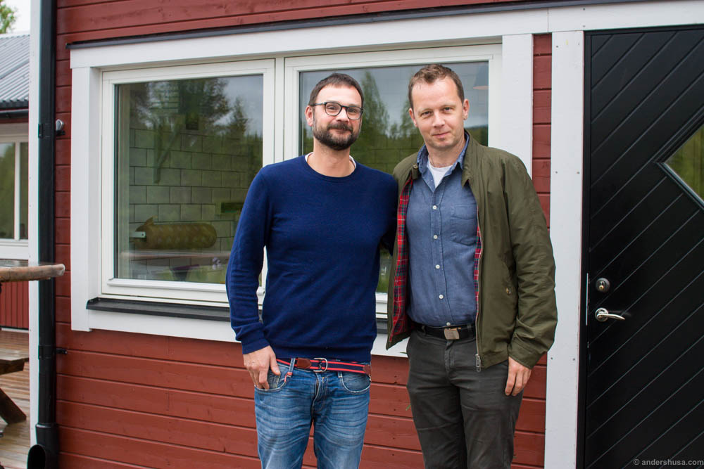 Johan Jonsson from Undersåkers Charkuteriefabrik, whom we dined with the night before, posing with Andreas Viestad