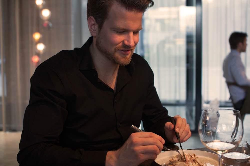 Anders – Happy Foodie Eating