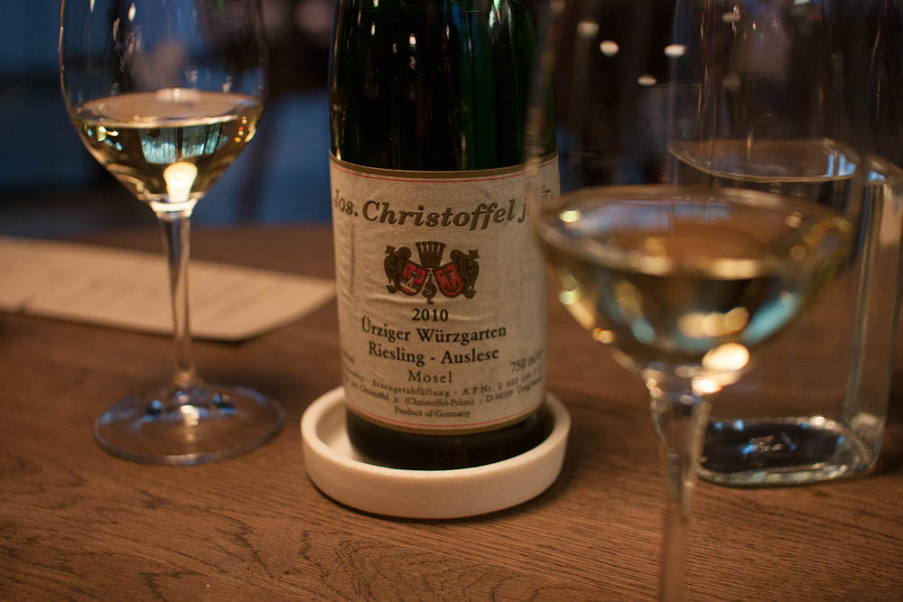 Yet another good wine pairing; a Riesling Mosel vintage 2010.