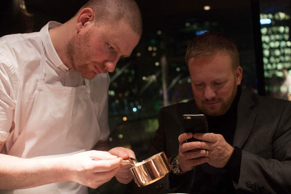 André attempting to capture Esben's precision plating
