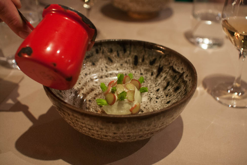 Many restaurants use special ceramics these days, but not all manage to lift the presentation of a dish to a new level, like Ask does with their ceramics