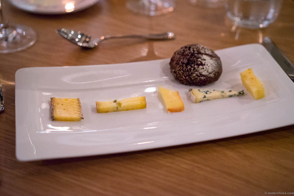 The cheese selection, served with a malt bread