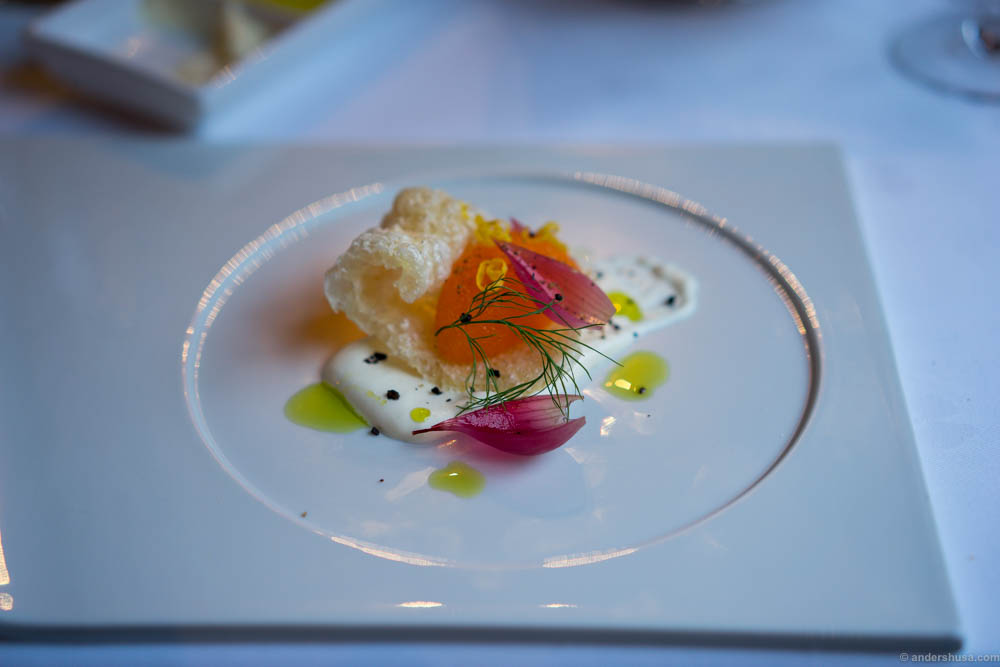 """Kalix """"löjrom"""" from Bottenviken with puffed crispy pork skin, smoked sour cream from Røros, dill, pickled red onions, lemon and herb oil. The real bacon crisp! Proper pork flavor. A very well balanced dish. Sweet, salty and acidic with different textures"""