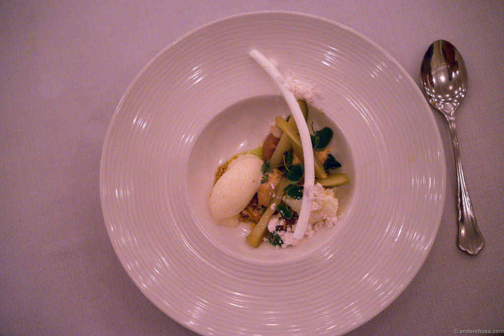 Poached pear, salty caramel, lemon and thyme ice cream, lemon snow and meringue & wood sorrel. This dish brought forth childhood memories, but it had too many elements fighting for attention in my opinion.