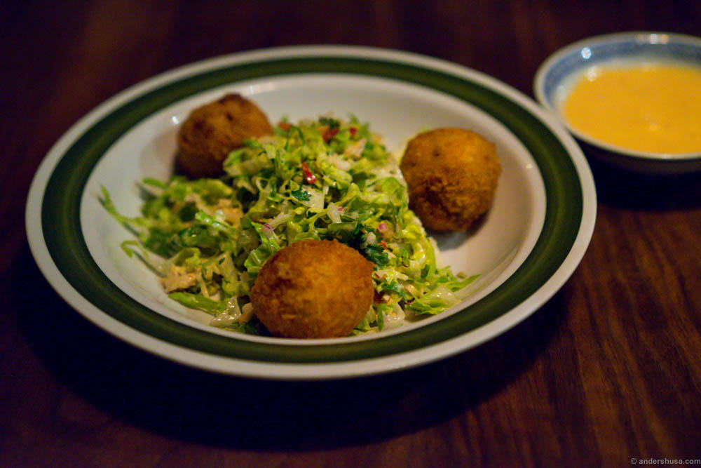 Croquetttes of ox tail, with a chili mayo dip and a salad infused with Västerbotten cheese, peanuts and insane amounts of flavor and yumminess!