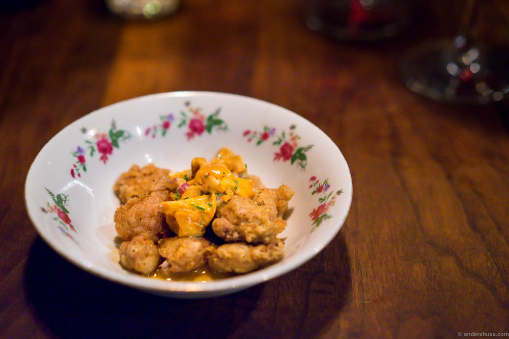 Sweetbread with chanterelles! Looks a bit dull on the plate, but super rich in flavors!