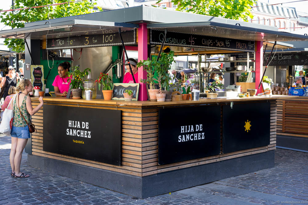 Hija de Sanchez is located in the outdoor area of Torvehallerne - the food market in Copenhagen