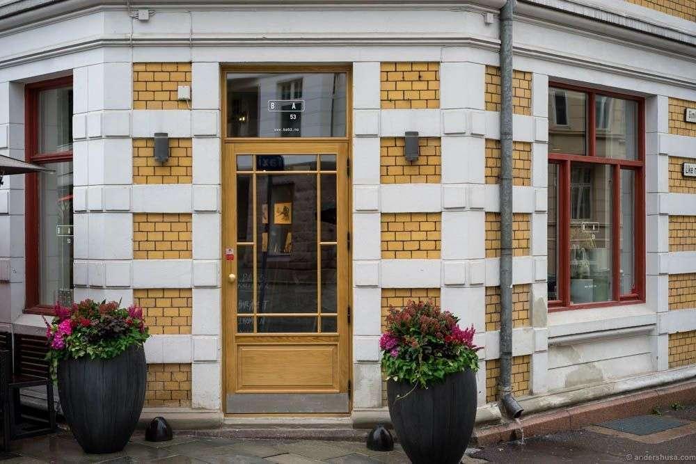 The BA53 coffeeshop has its own corner entrance