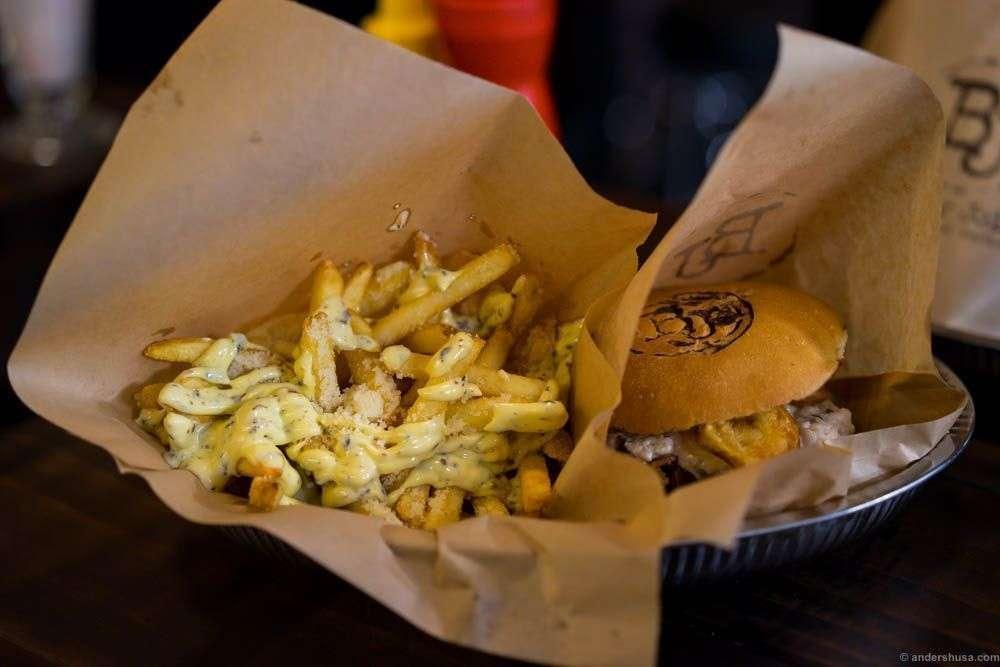 Fries royale! Black truffle mayonnaise & parmesan