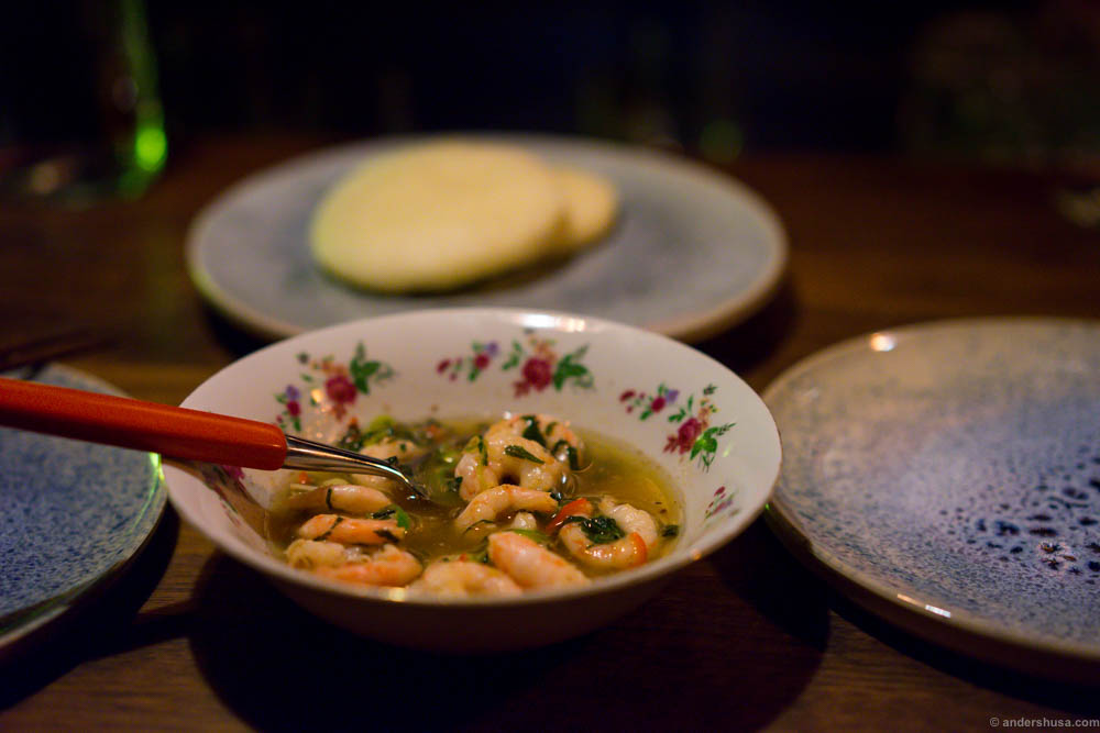 Pil pil shrimps with steam buns. Even better on Anette's plates...