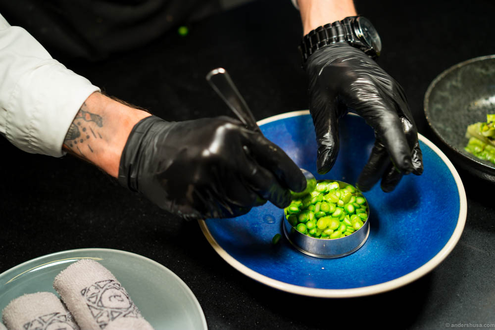 Precision plating in black rubber gloves looks hardcore