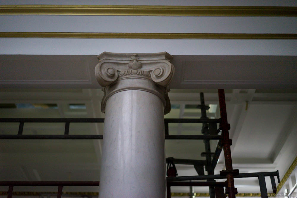The original marble pillars are preserved
