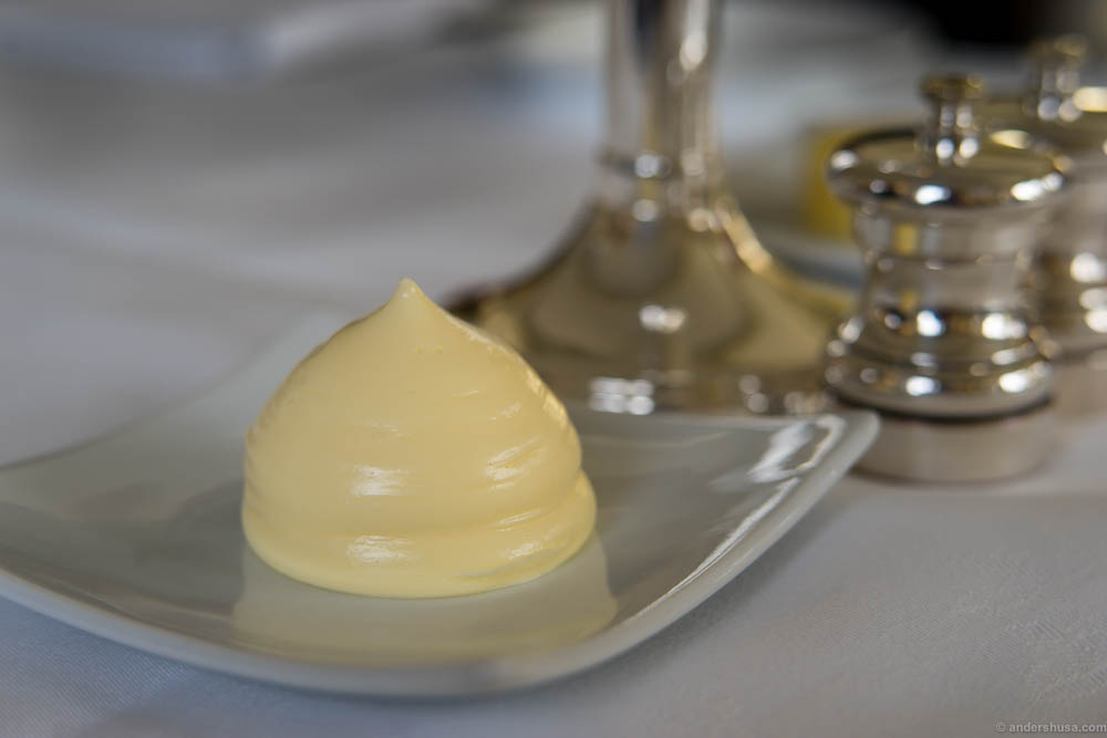 The butter serving at Søllerød Kro