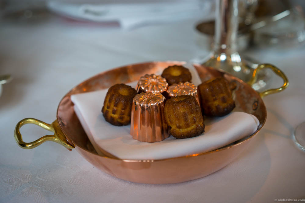 Perfect French canelés
