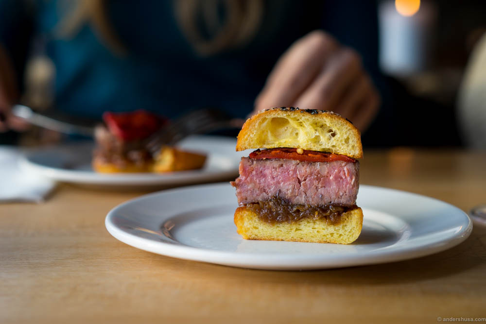 High quality beef mixed with serrano ham, topped with piquillos & caramelized onion stuck between buttery brioche buns