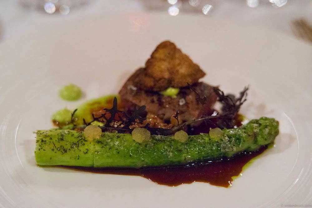 Lamb from Austevoll, lamb sweetbread, ramson, green asparagus, & crosne