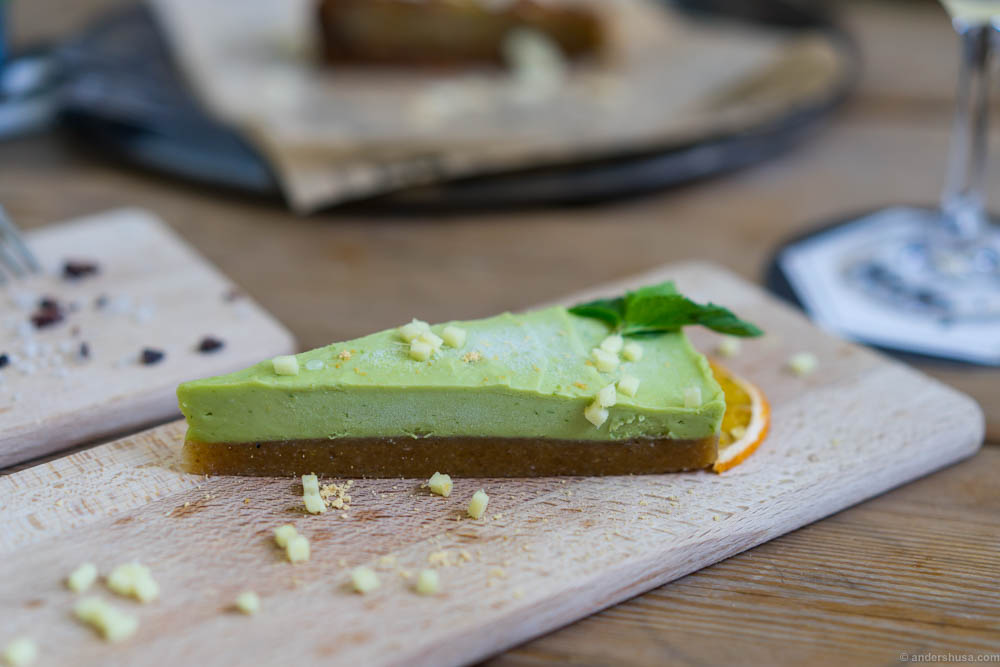Raw lime cake with matcha tea and ginger.