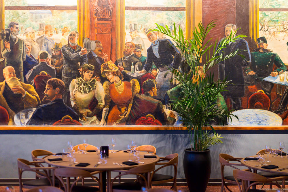 Per Krogh's famous painting of the Kristiania bohemians at Grand Café