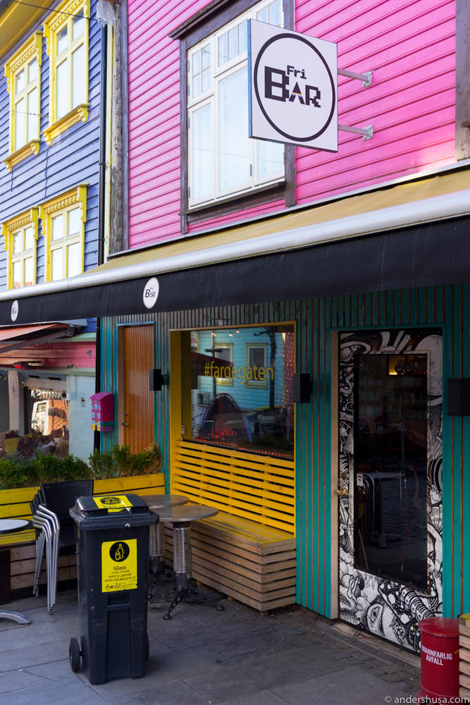 "FRI Bar is located in ""fargegadå"" – the color street"