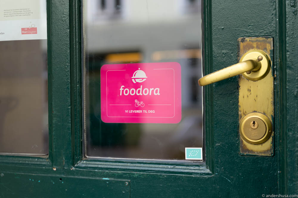 Look for the foodora sign