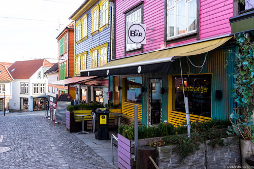 http://FRI%20Gay%20Cocktail%20Bar%20Fargegata%20Stavanger