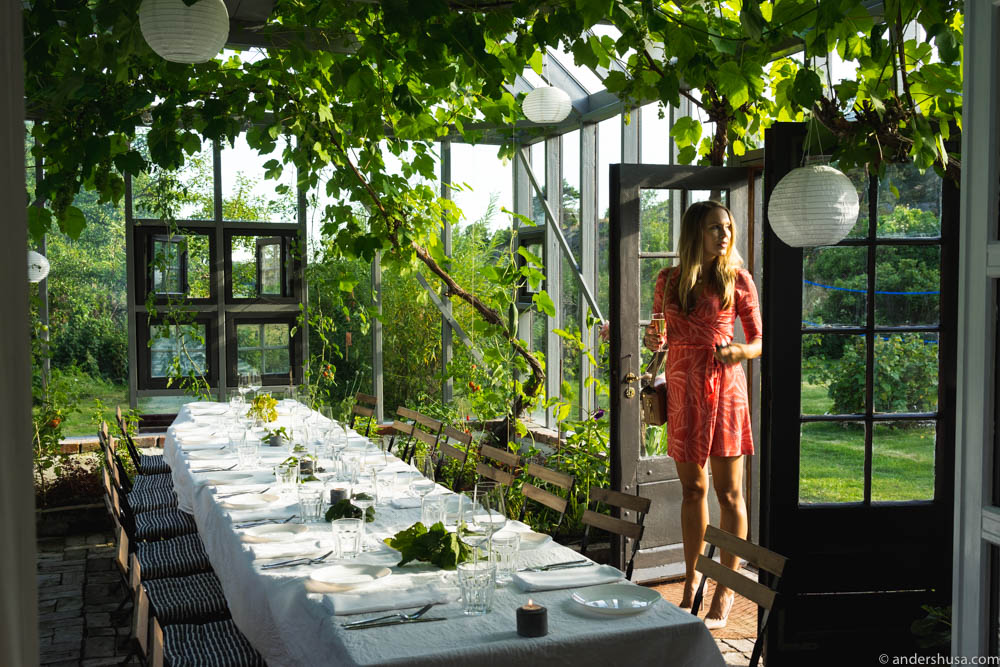 All set for a social dinner in the greenhouse at Ødekjære