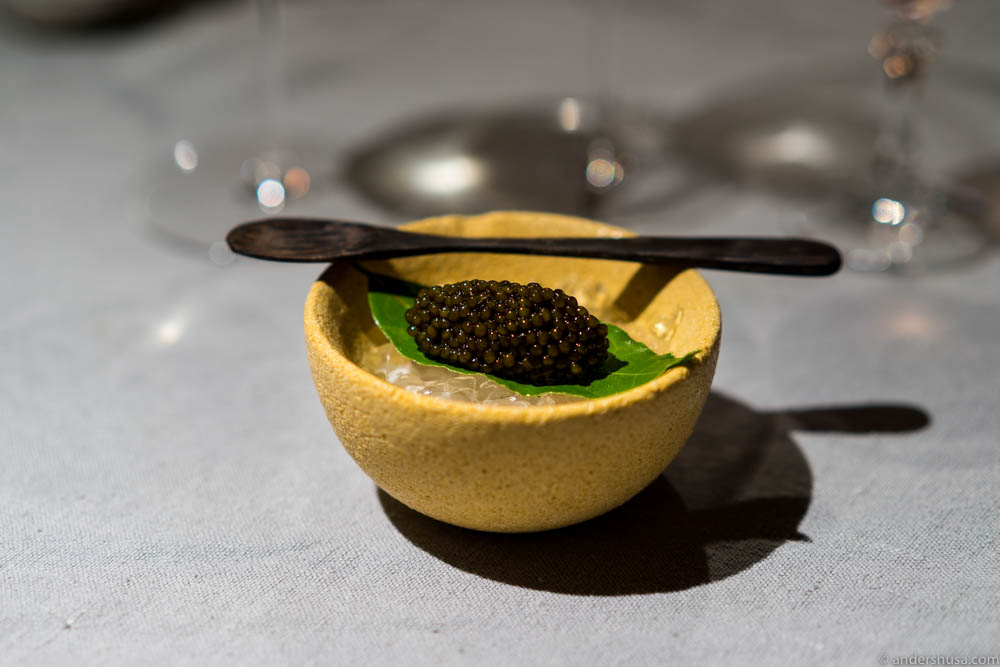 12 grams of sturgeon caviar on the side