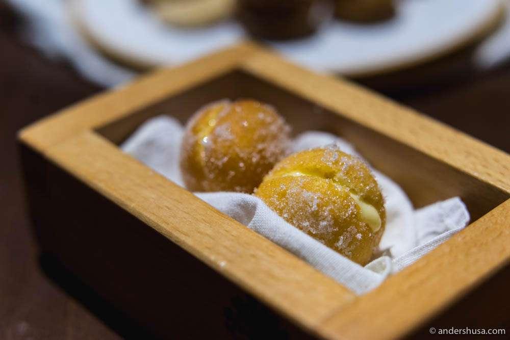 Cream-filled pastries!