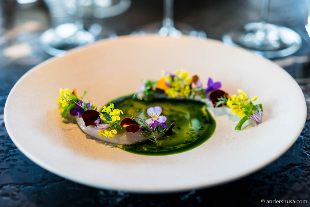 Lightly pickled mackerel from the Oslo Fjord, ramson, apple and seasonal flowers