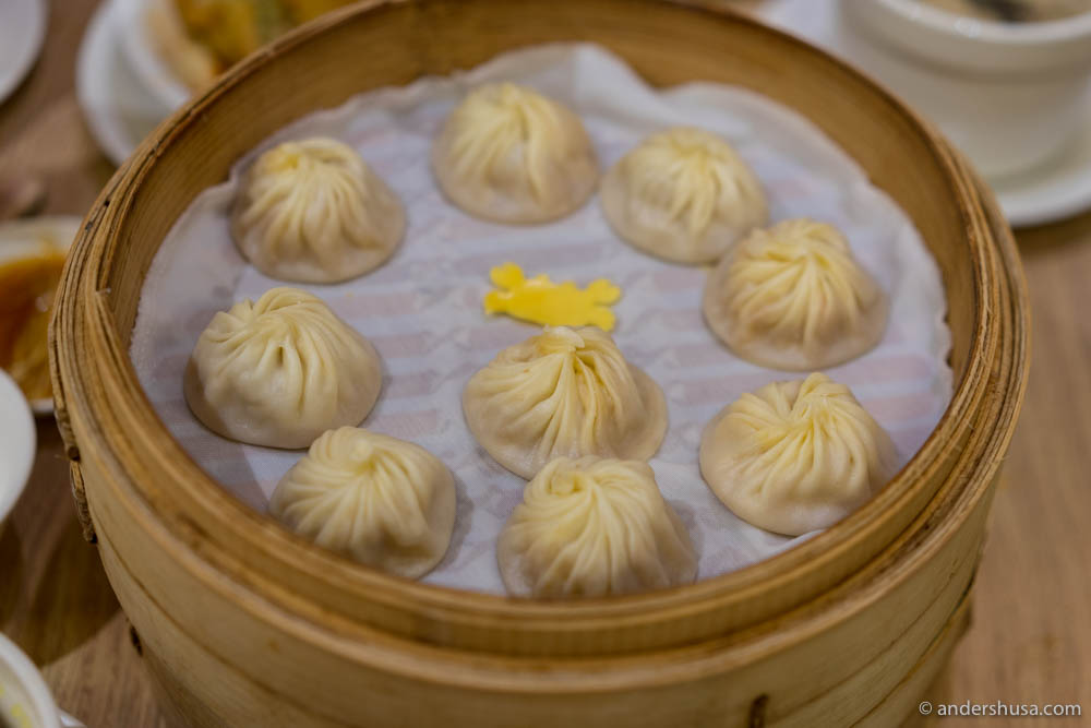 Crab dumplings at No. 24 – Din Tai Fung in Taipei, Taiwan