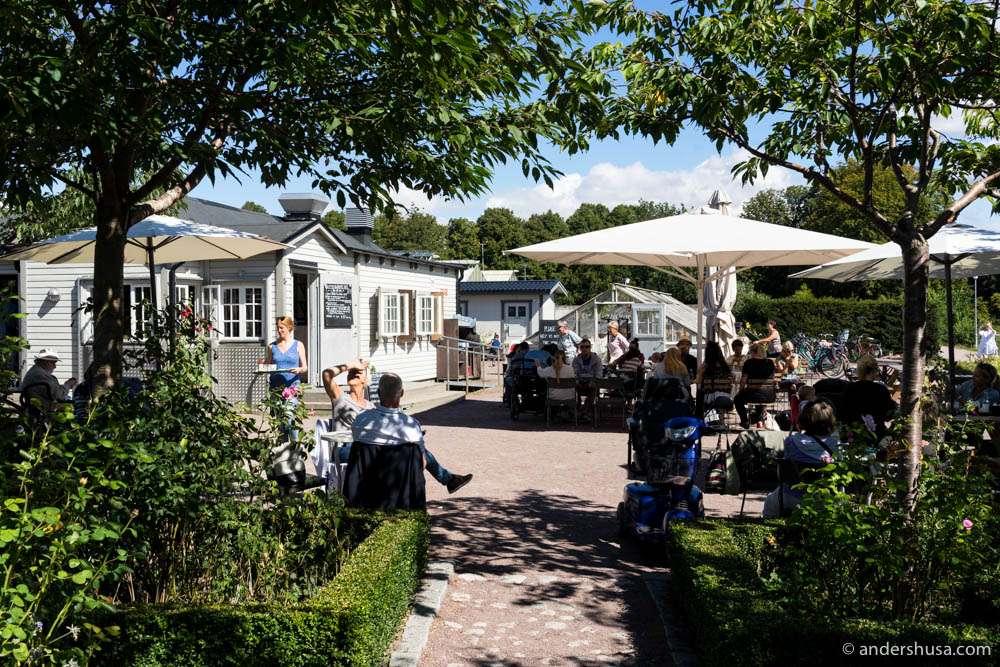 Slottsträdgårdens Café