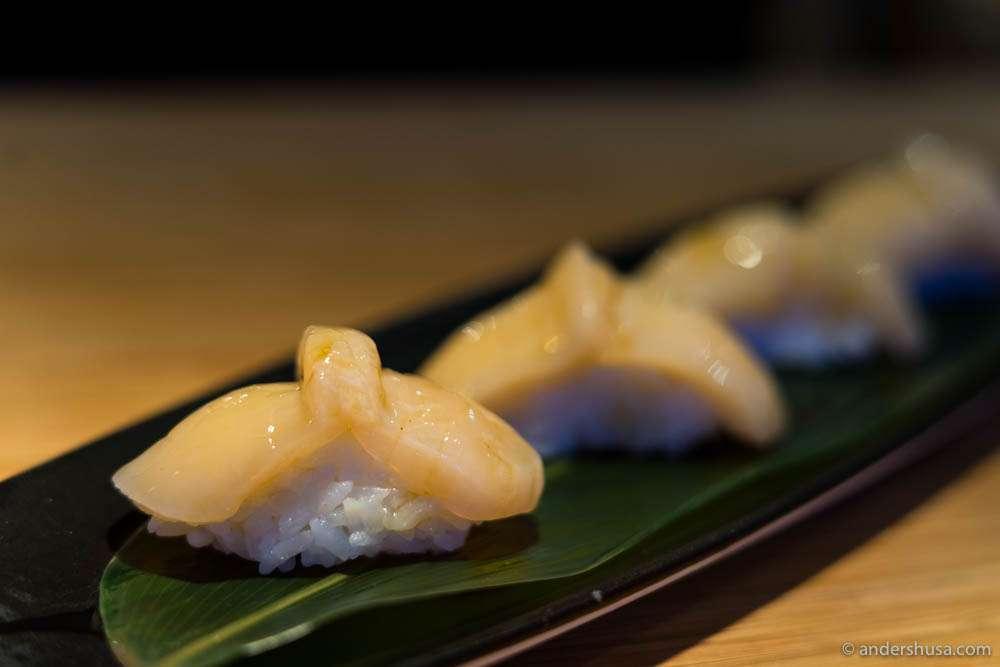 Scallops nigiri with soy glaze