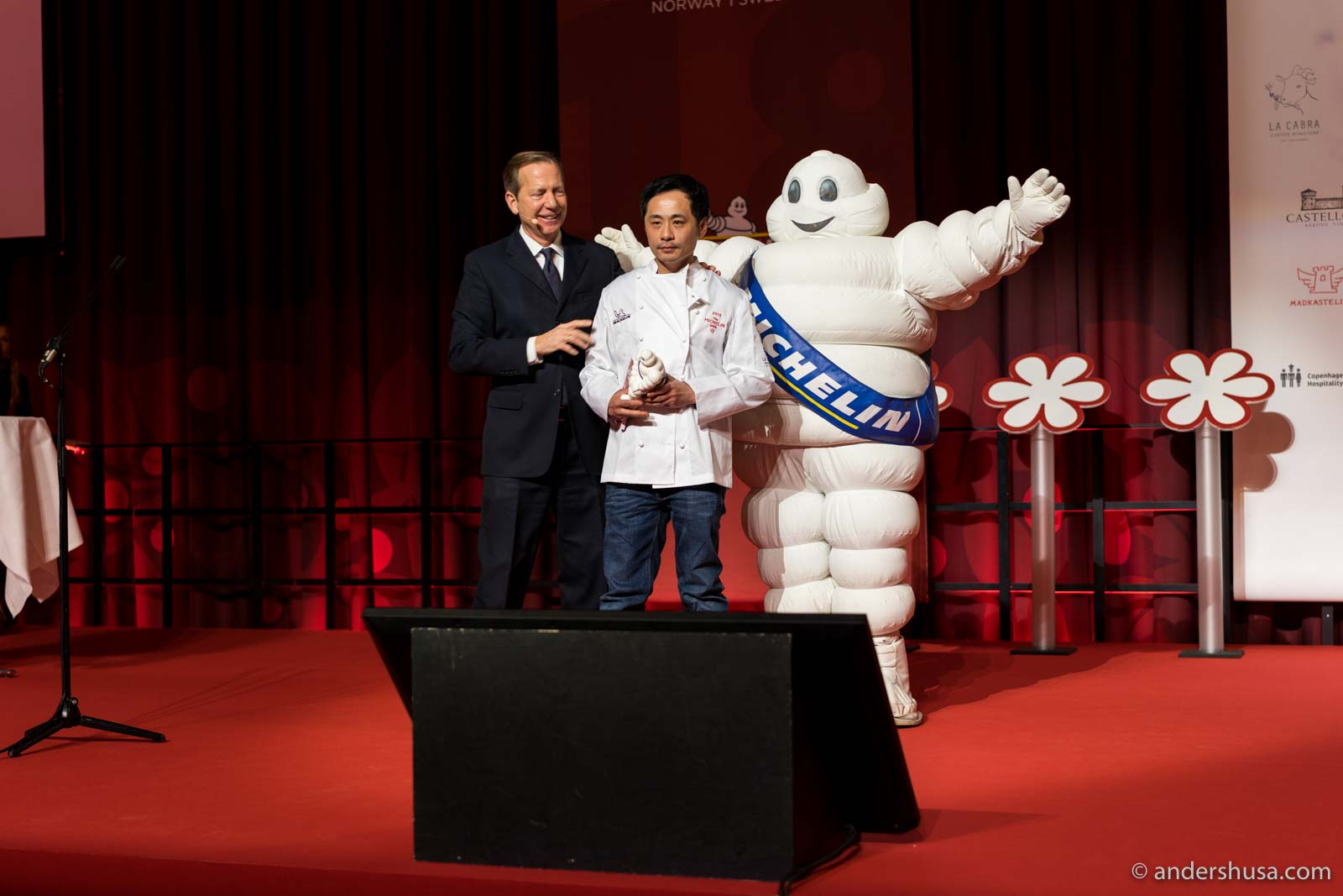 Björn Svensson accepts his third-in-a-row Michelin stars for restaurant Galt in Oslo