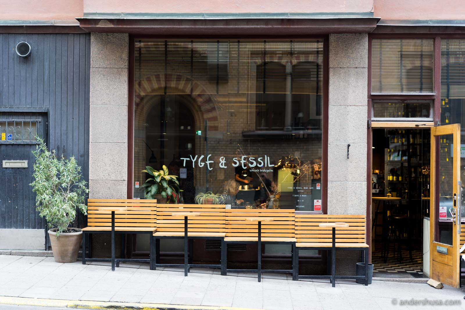 Tyge sessil andershusa for Food bar grand hotel stockholm