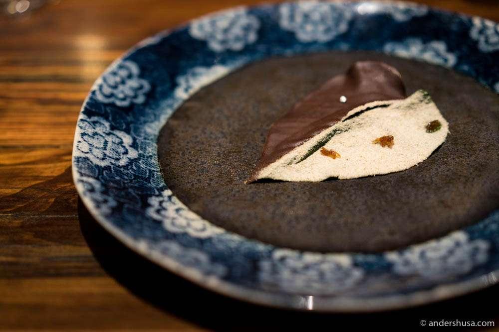 Chocolate betel leaf with chocolate, fennel powder, and chutney