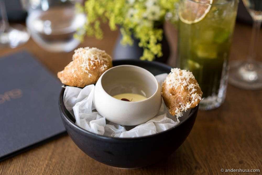 Veal brain tempura, tarragon cream & horseradish