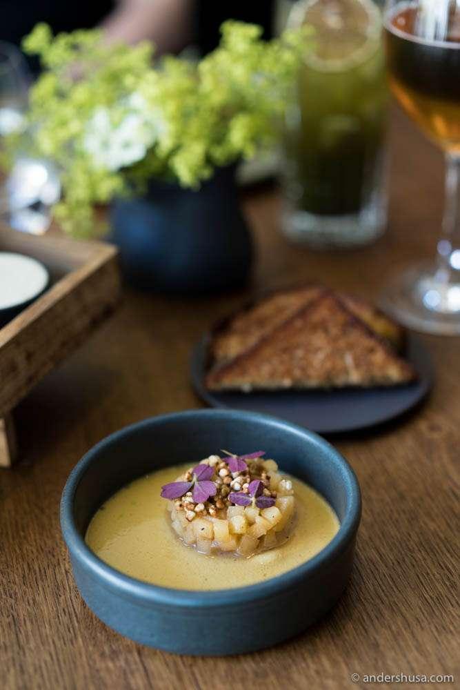 Foie gras parfait with apples and brioche