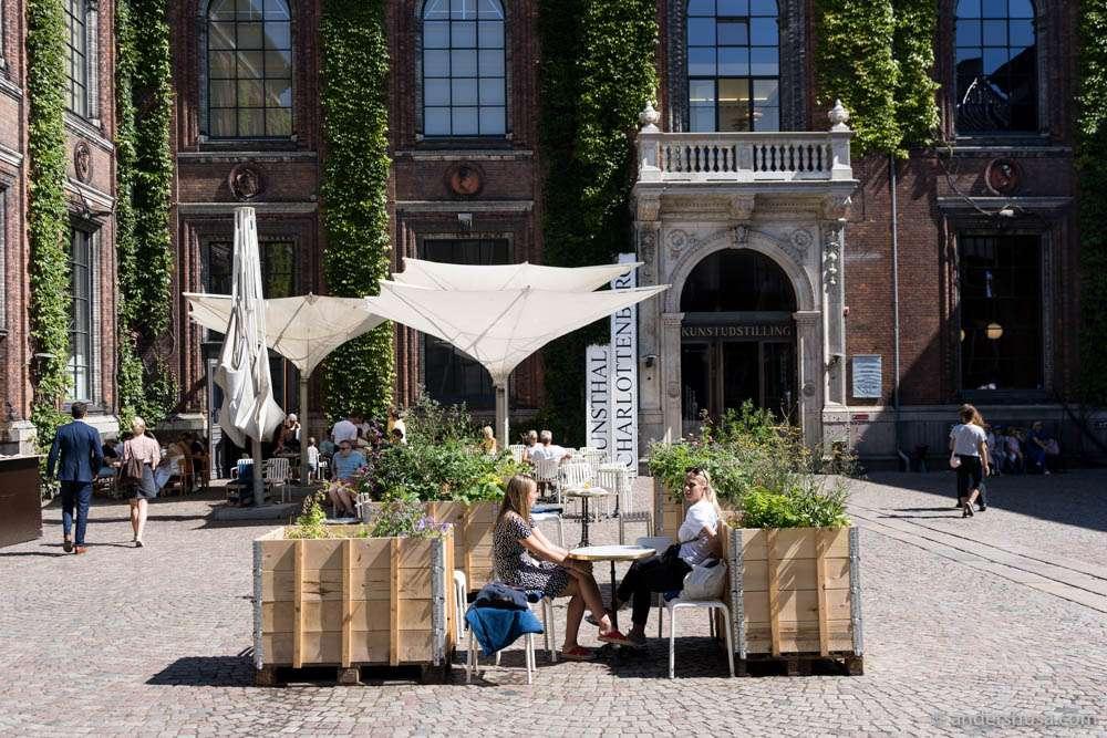 Apollo Bar in Copenhagen