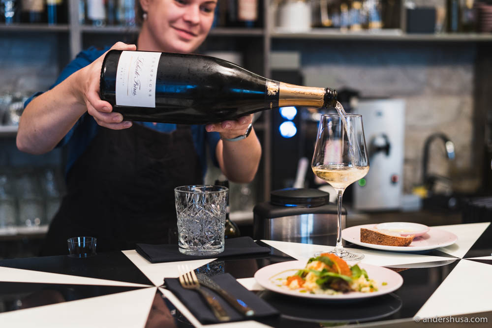 Ketri Leis, the best sommelier in Estonia, pouring the house Champagne – Laherte Frères