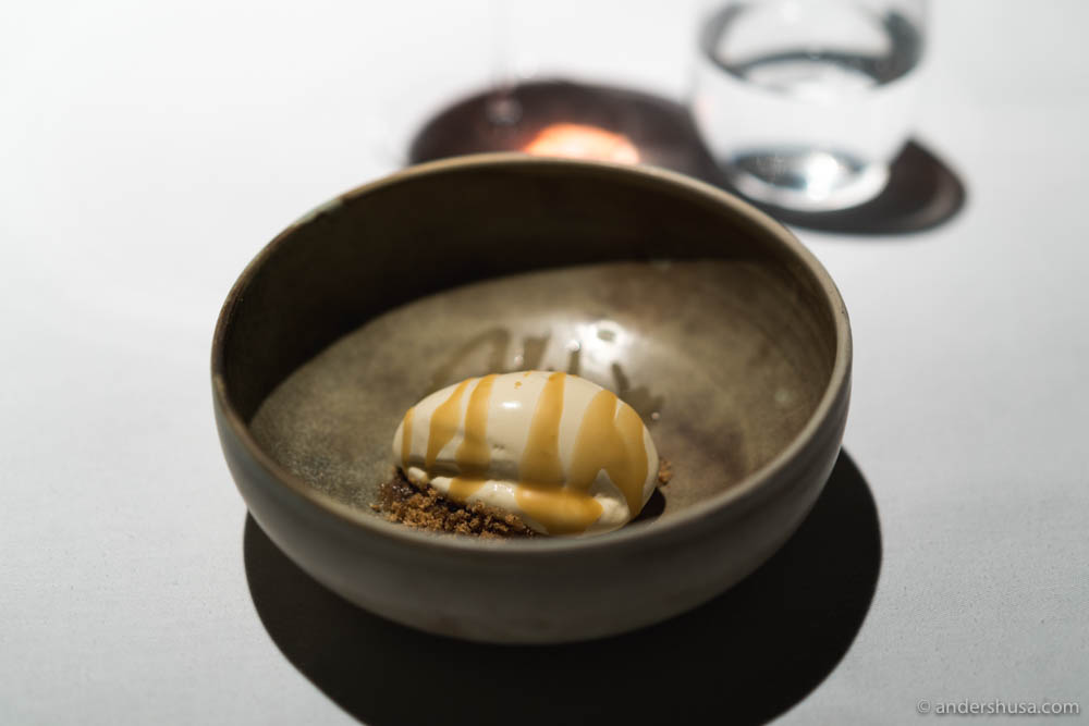 Browned butter from Røros – Maaemo signature.