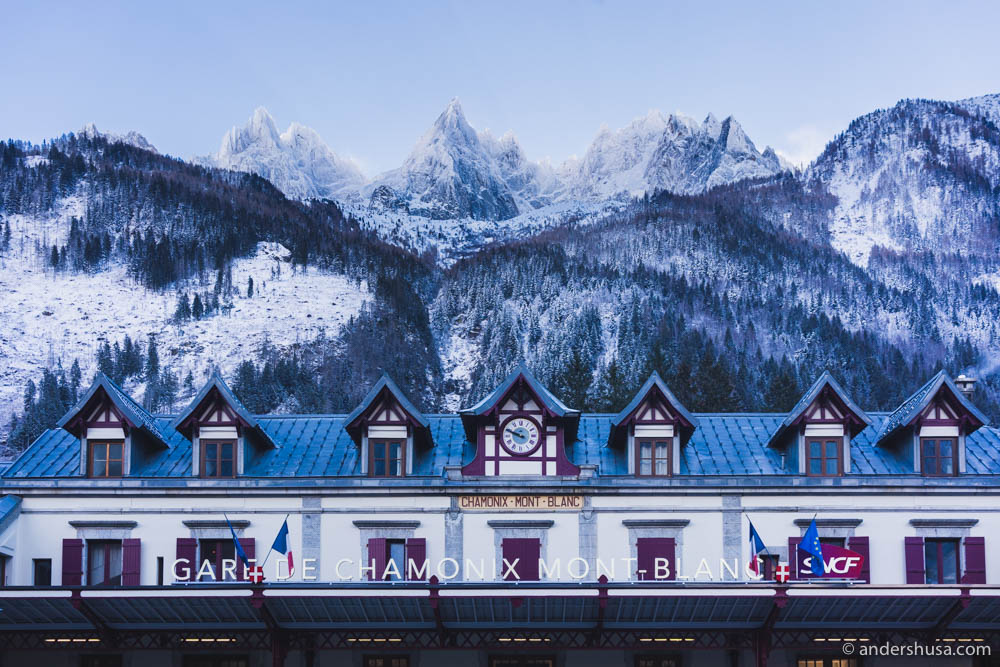 Have you ever seen a more beautiful train station view? Gare de Chamonix Mont-Blanc