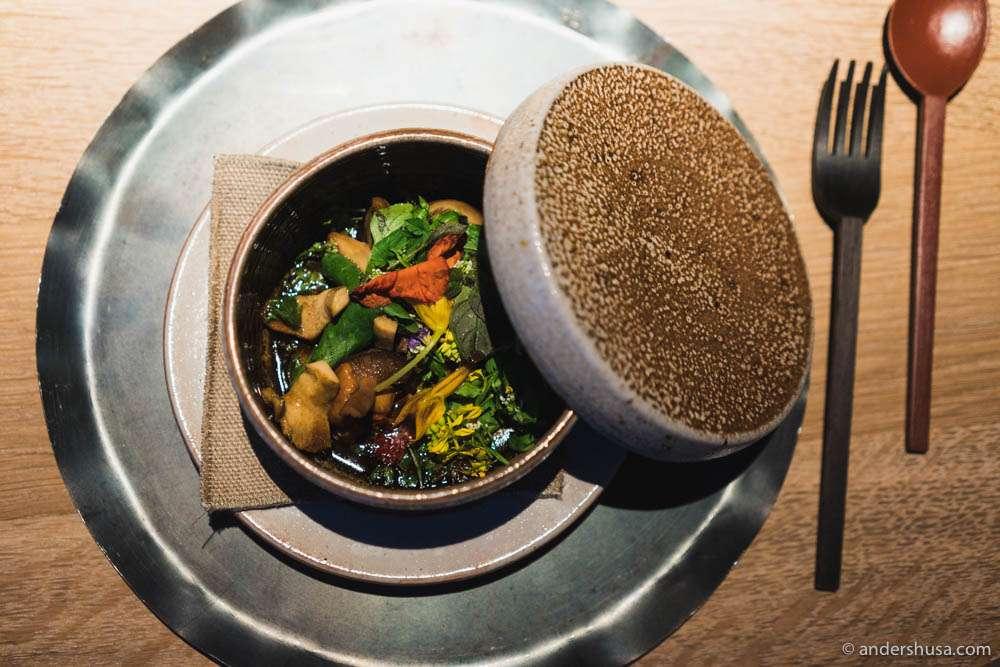 Mushroom hot pot – sizzling!