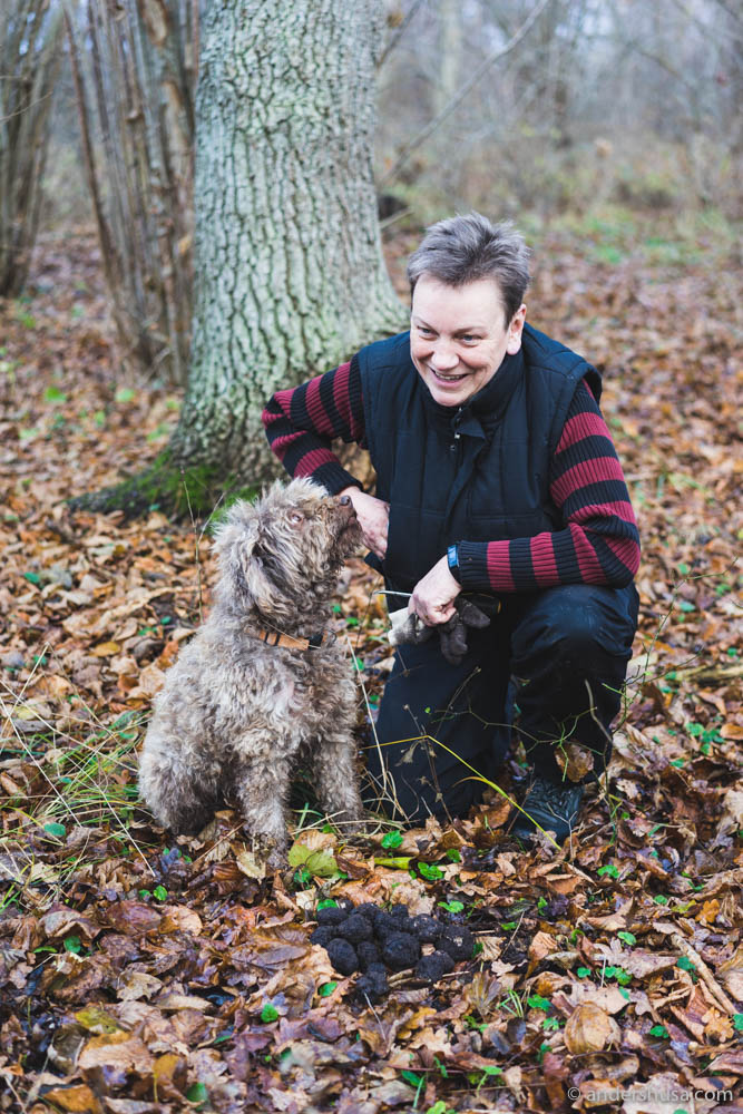 Marre the truffle dog and its owner Susanne Welin-Berger