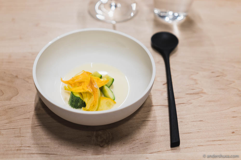 Zucchini warmed in goat's butter, pumpkin flower, akazia flower & beurre monté
