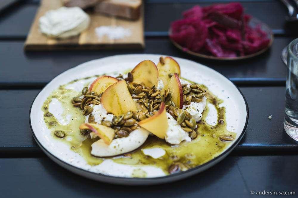 Burrata, peach & pumpkin seeds