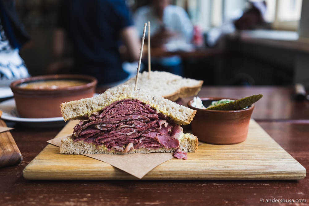 Mogg's notorious slow cooked pastrami served on a rye bun with mustard & a pickle.