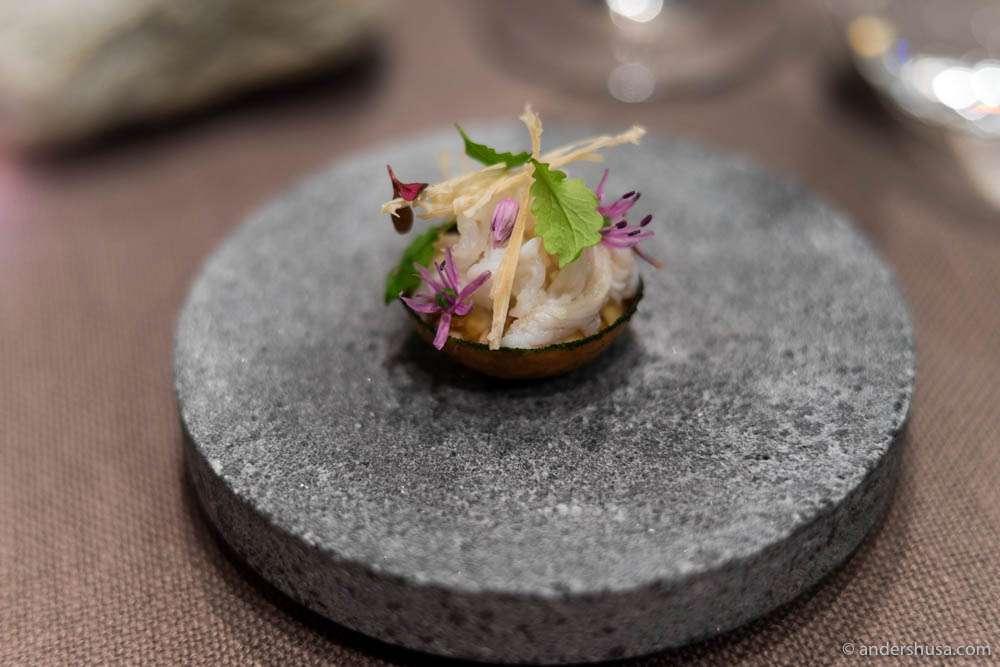 Crab tartelette at restaurant Fagn in Trondheim.